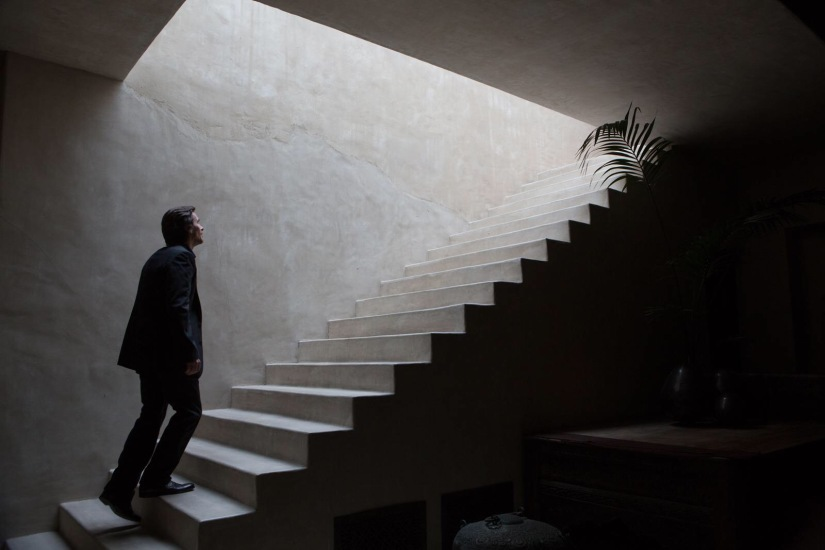 """Terrence Malick's """"Knight of Cups"""" Challenges Hollywood to DoBetter"""